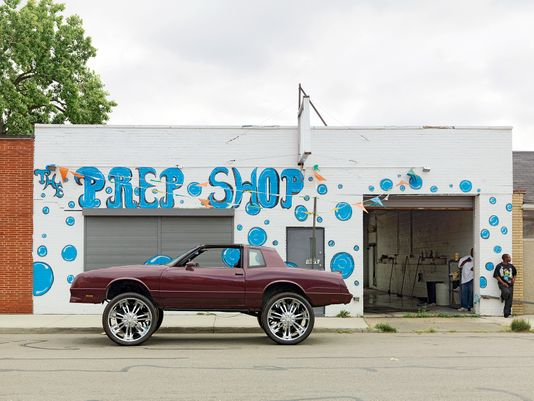 "Chevy Monte Carlo ""Donk"" with 28 inch Wheels, Conant Street, Northeast Side, Detroit 2010"