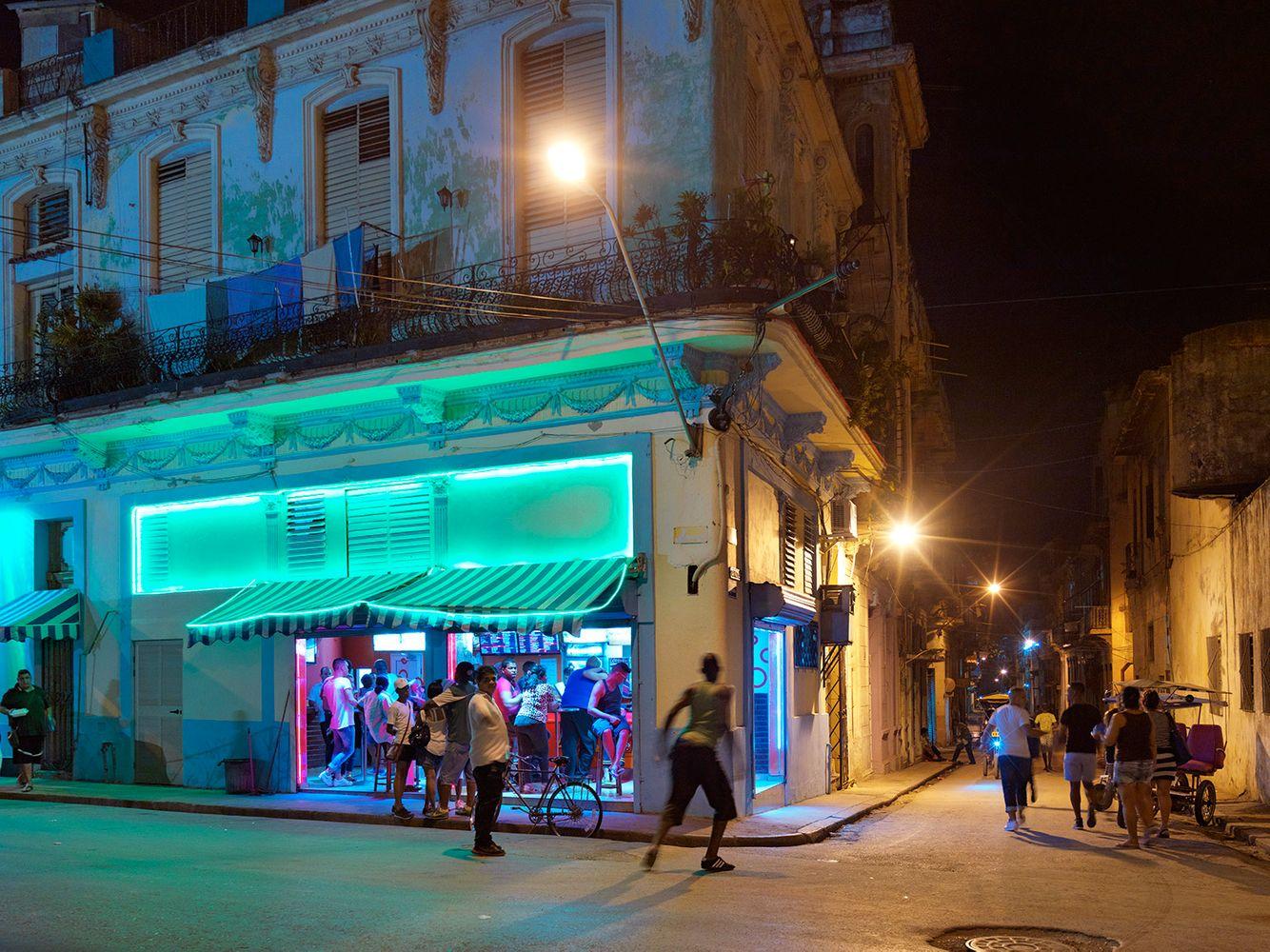 Corner Bar, Centro Havana, Cuba 2016