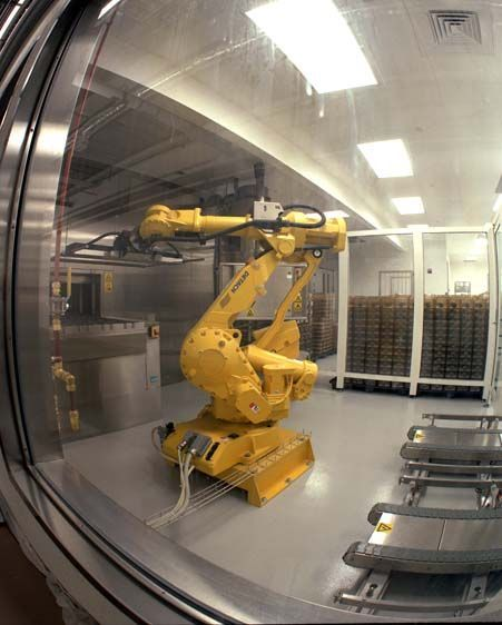 Robotic arm in the Sterilization Facility (fish-eye view), Howard Hughes Cancer Research Center at Janellia Farm