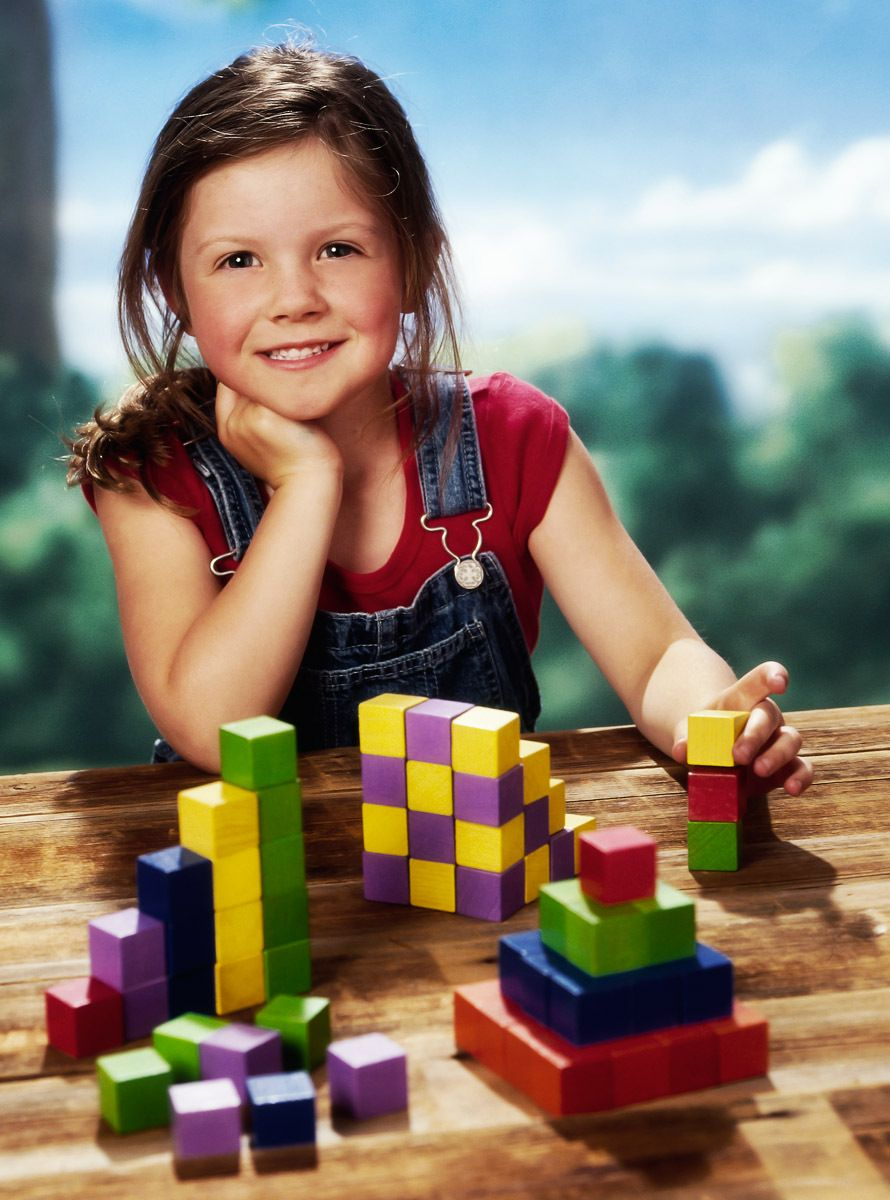 1girl_with_blocks_2.jpg