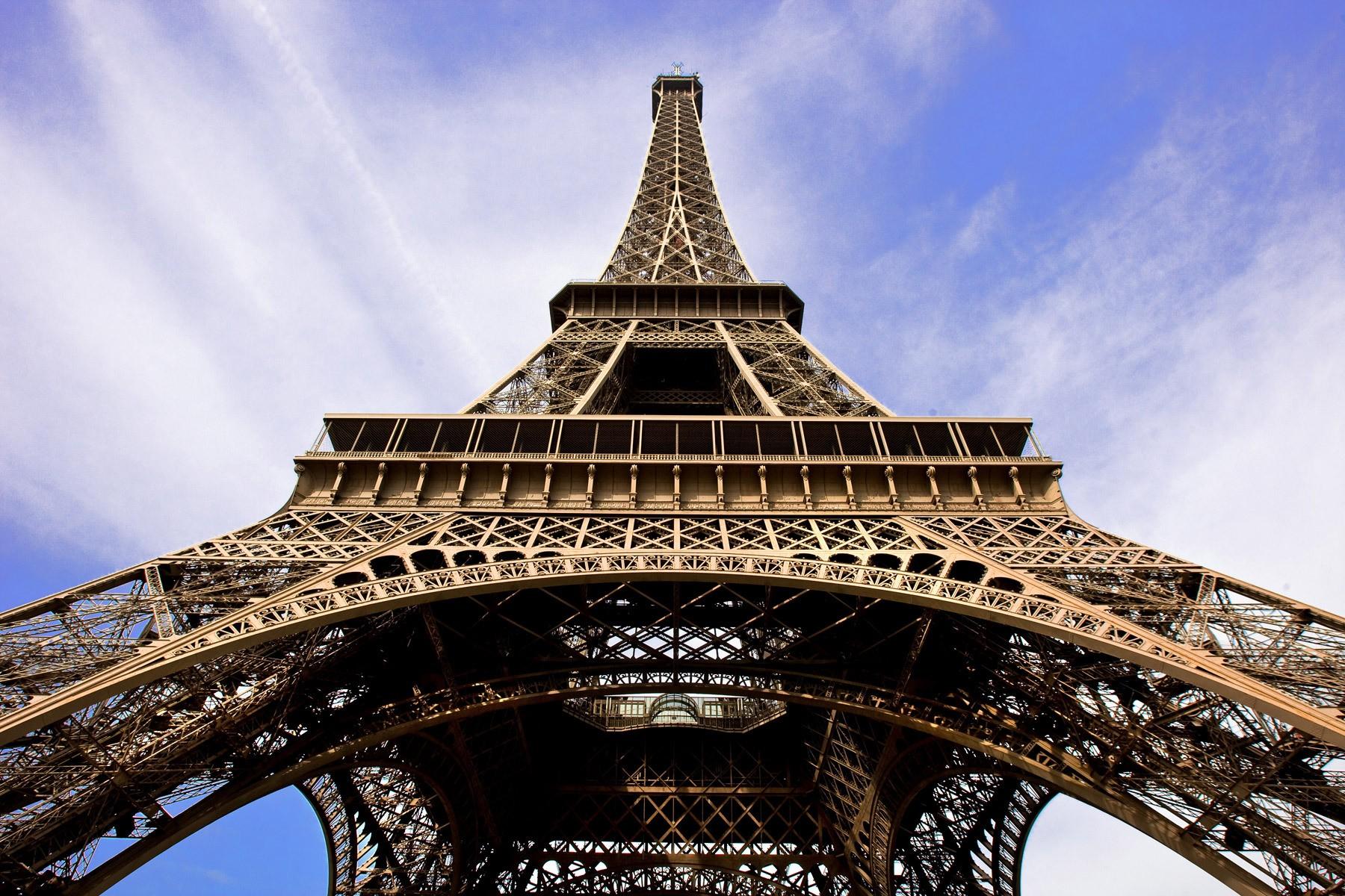 1eiffel_tower