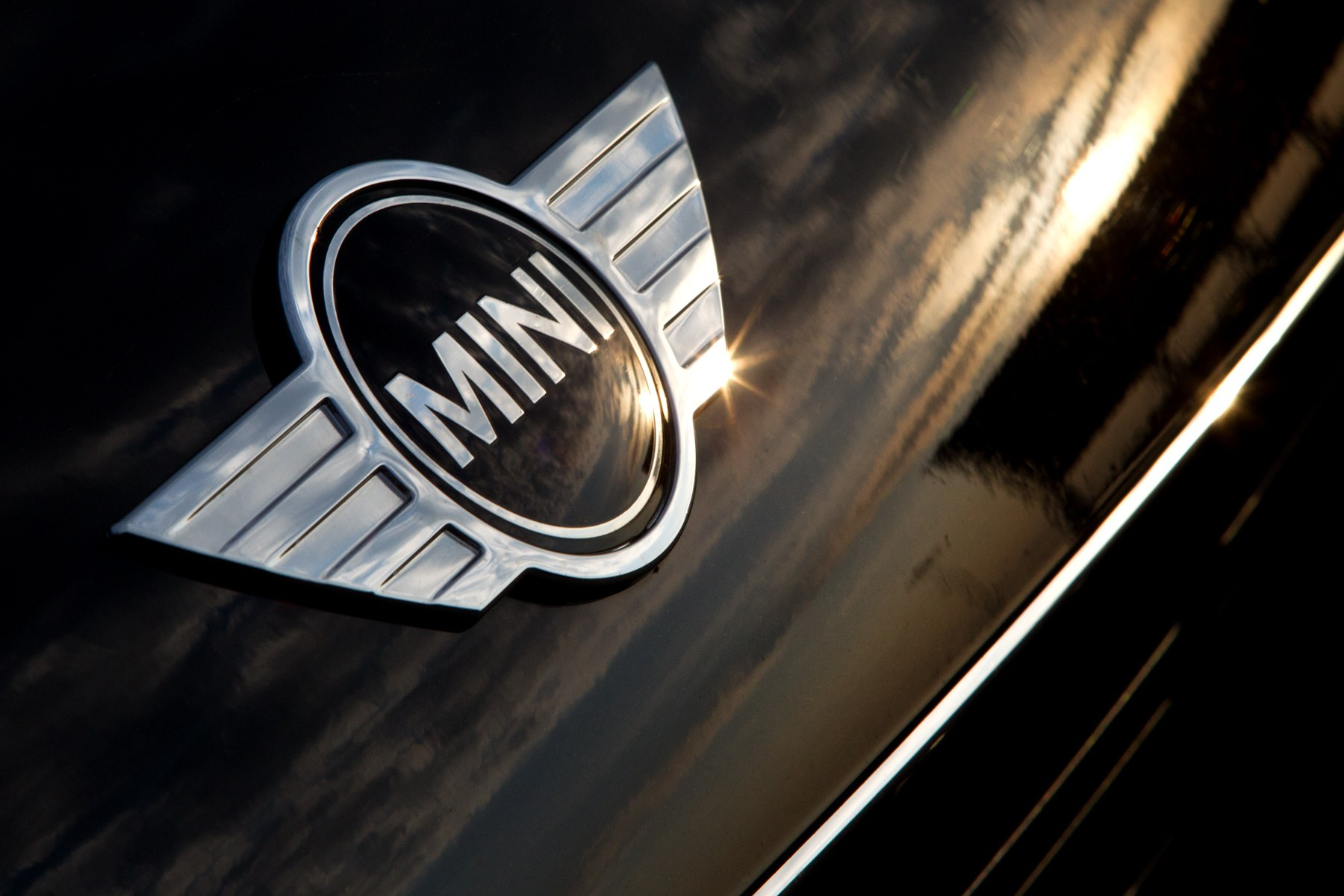 1mini_logo