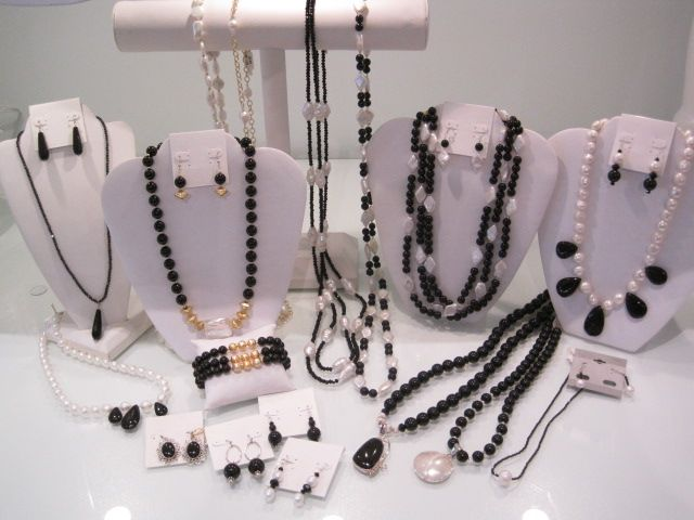 Onyx, Pearls & Gold