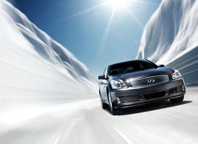 1r9_g_sedan_snow