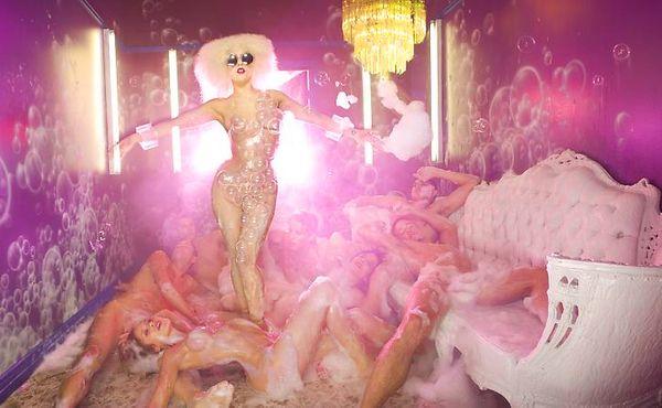 11-DLC_Rolling_Stone_Gaga