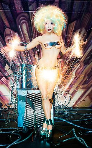 1DLC_Lady_Gaga_04