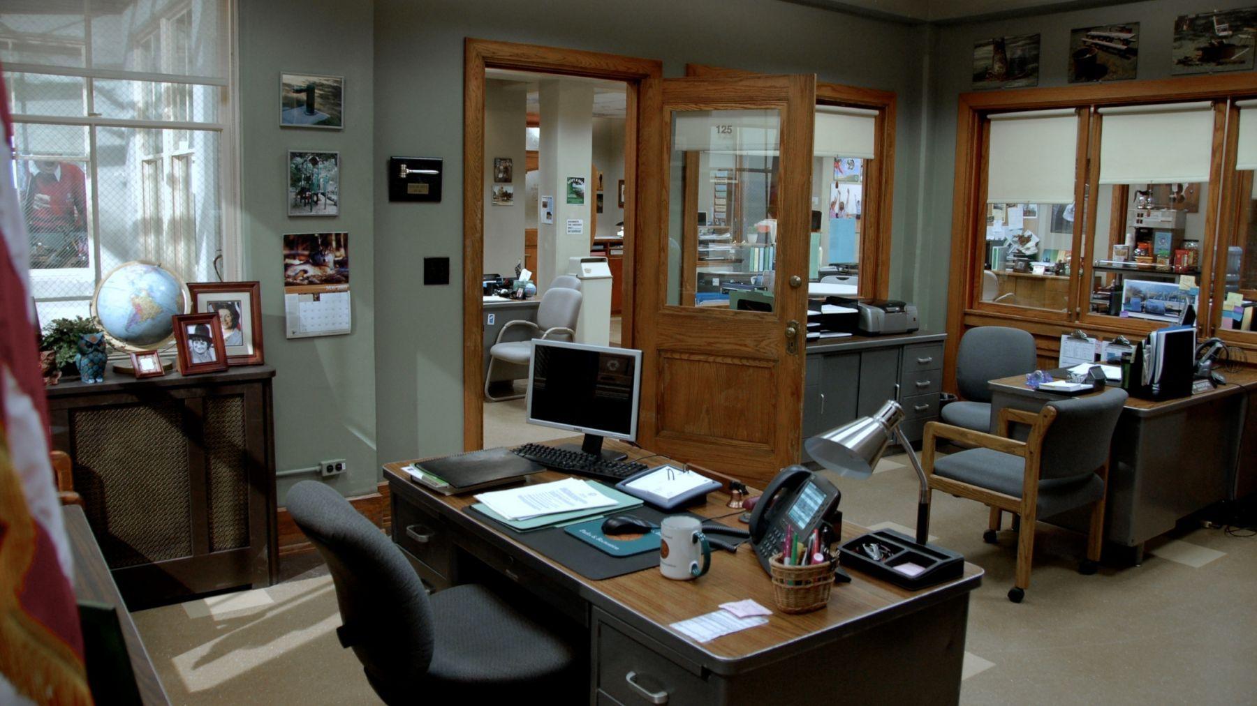 1p_r_office__3_.jpg