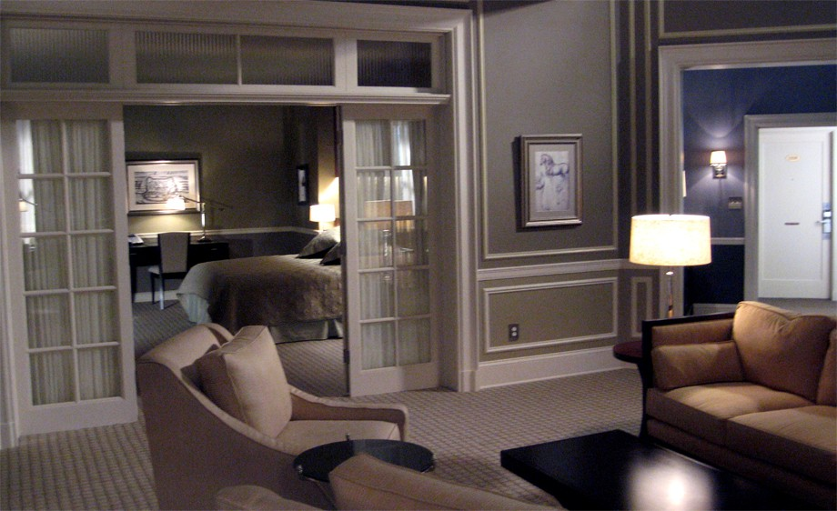 Int. Manhattan Hotel Suite