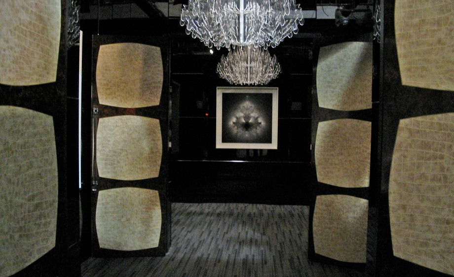 Int. Mick Jagger's NYC Apartment- Entry Foyer