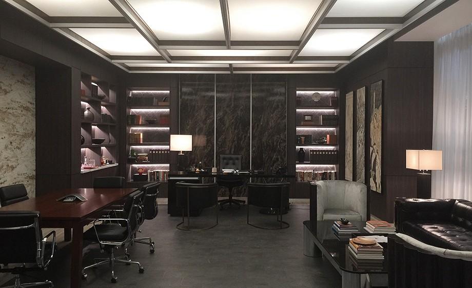 Int. Yakatomi CEO Office