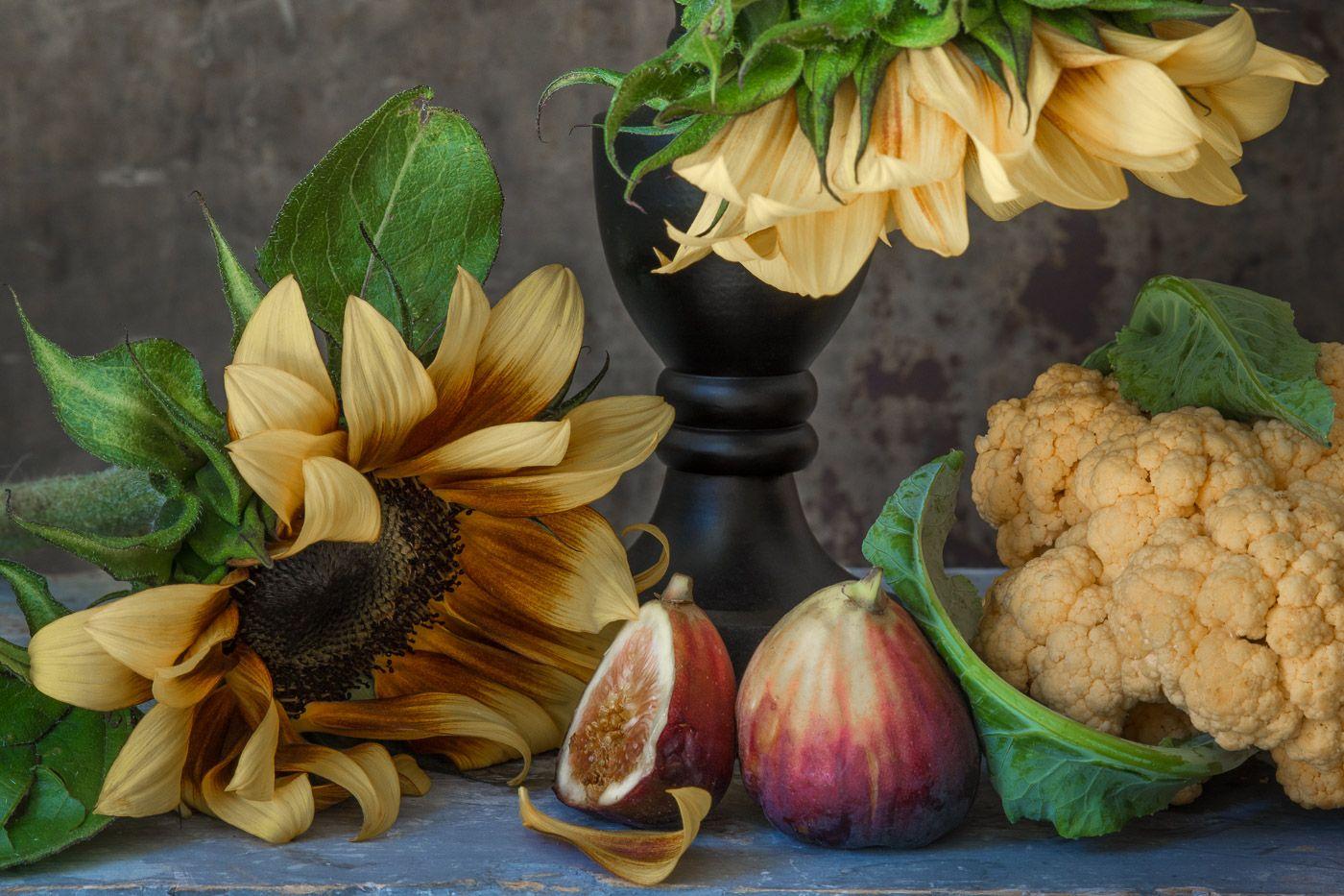Lynn Karlin_Sunflowers with Figs-10.jpg