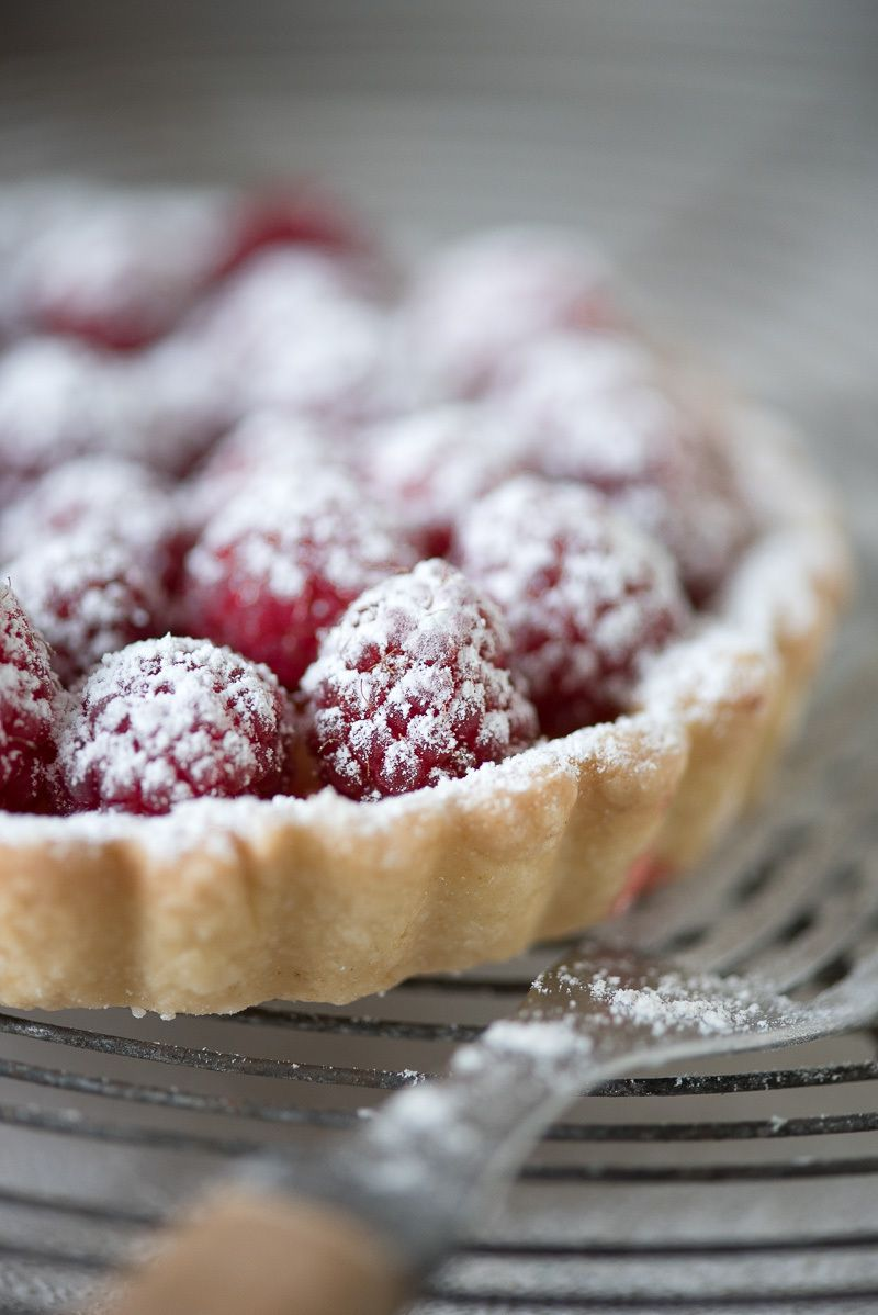 1karlin_raspberry_tart_9.jpg