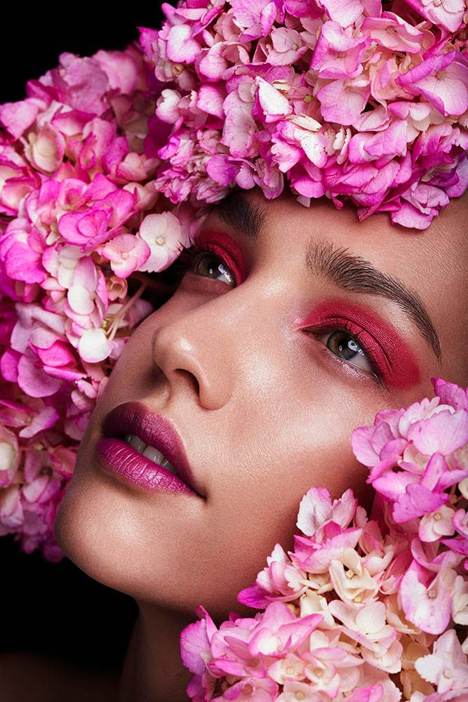 FLORAL BEAUTY EDITORIAL | LUCIRE MAGAZINE