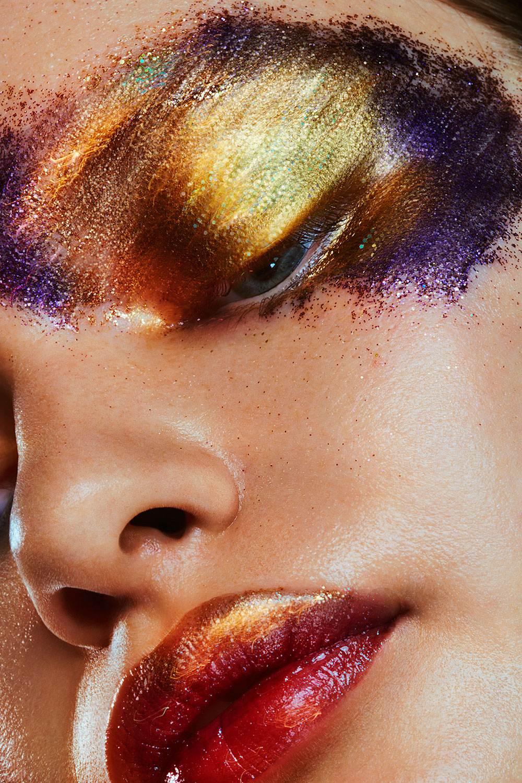 MODEL: SVETA MATIUNINA  MAKEUP: KERRI URBAN metallic vibrancy