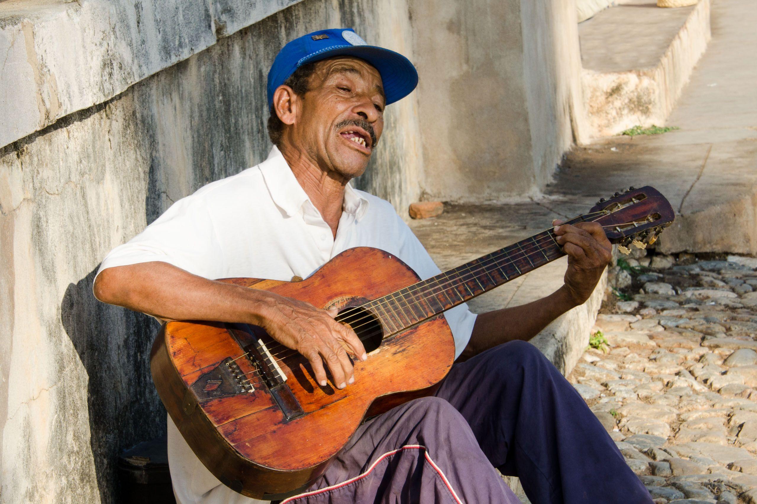 Crooner. Havana, Cuba