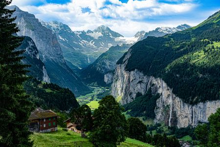 Lauterbrunnen Valley Canyon, Wengen, Switzerland