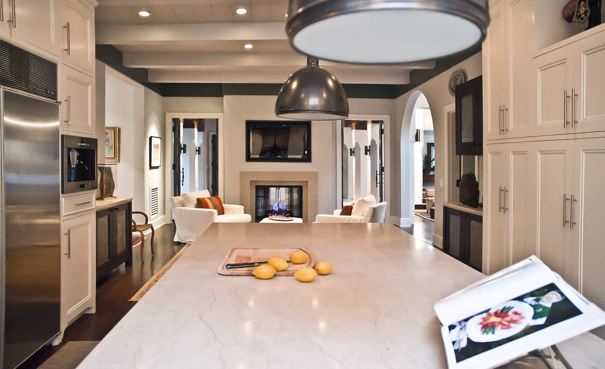 1r6_usd_kitchen.jpg