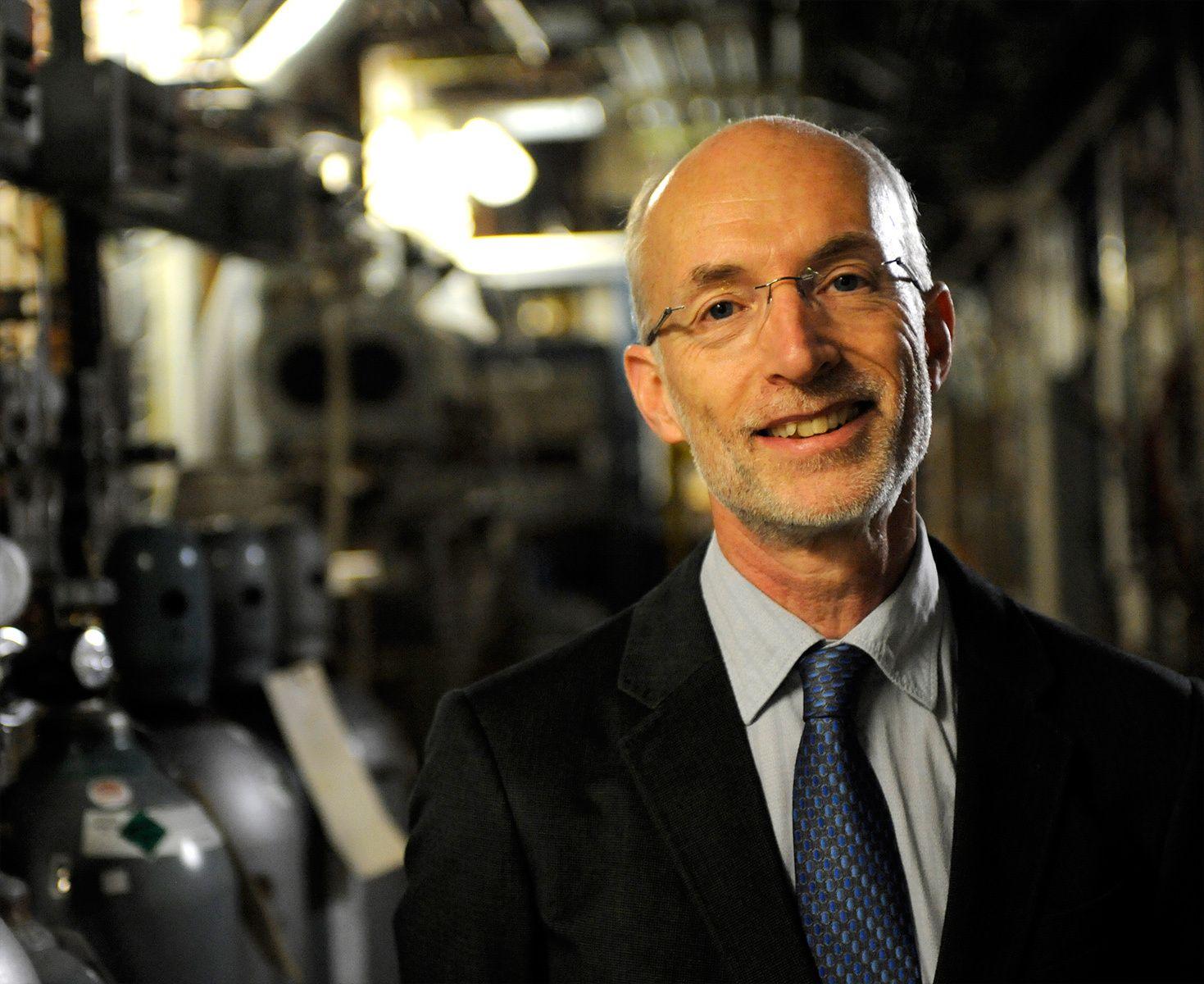 Physicist Stuart Parkin in his IBM lab
