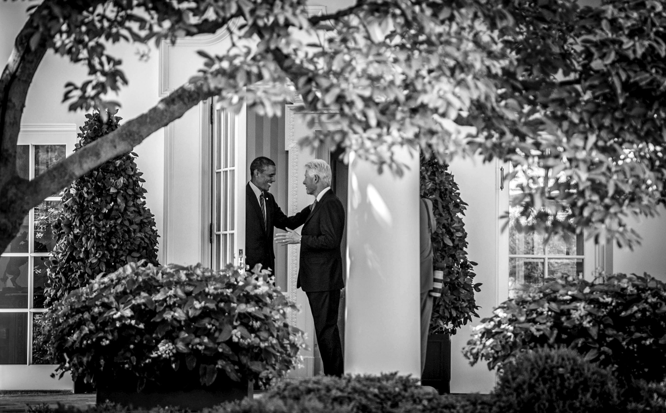 ObamaClintonOvalWeb.jpg