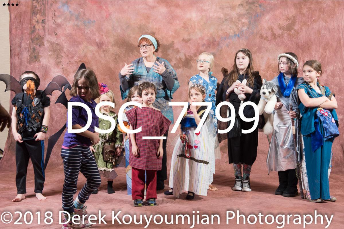 1horizontal_9_thumbs___2018_derek_kouyoumjian