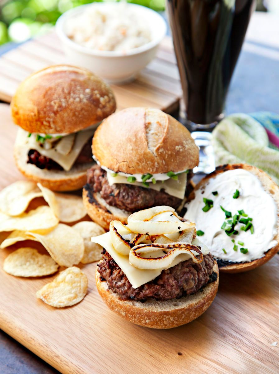 Cheeseburgers. Outdoors. Picnic. Patio.