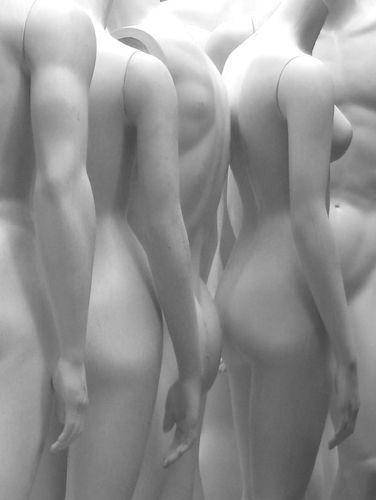Ghost Bodies © Ellen Denuto