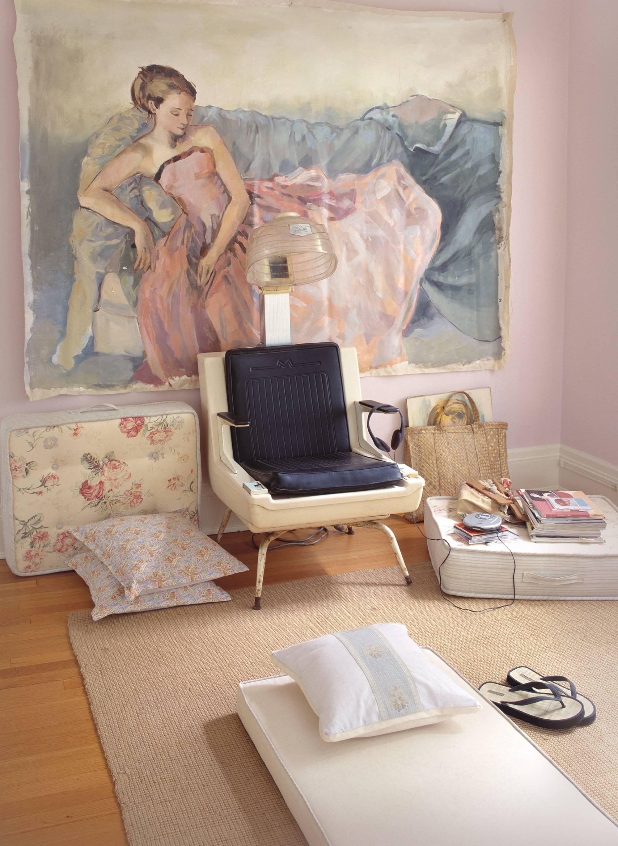 004_R_AMWButlersGirlsBedroom_Wvignette.jpg