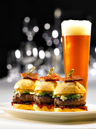 Sliders & Beer at T-Bones,image © Sampsel Preston Photography, Las Vegas Professional Commercial and Advertising Photographers, 702-873-0094, spp@lvcoxmail.com,www.thebestlasvegasphotographers.com
