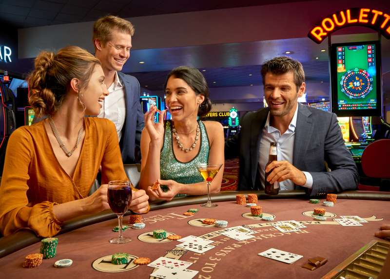 Live Gaming at The Tuscany Suites and Casino