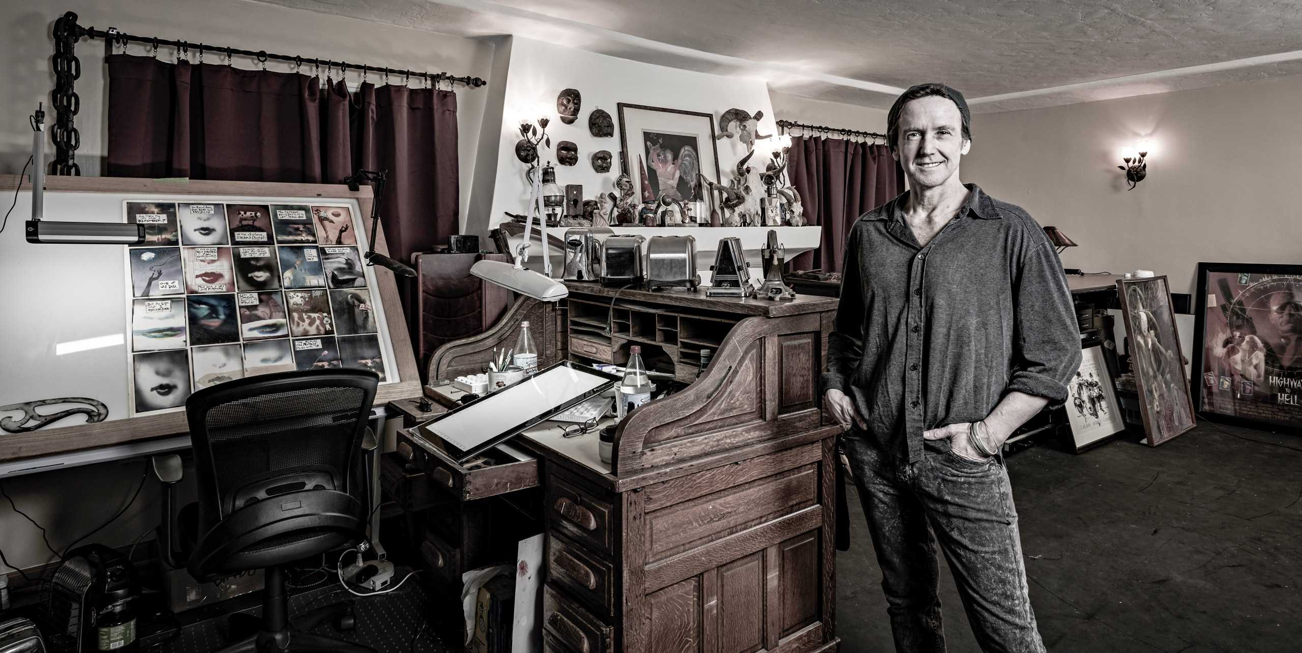 "Illustrator/ Comic Book Artist Bill Sienkiewicz photographed for ""The Artist Within: Book 2"""