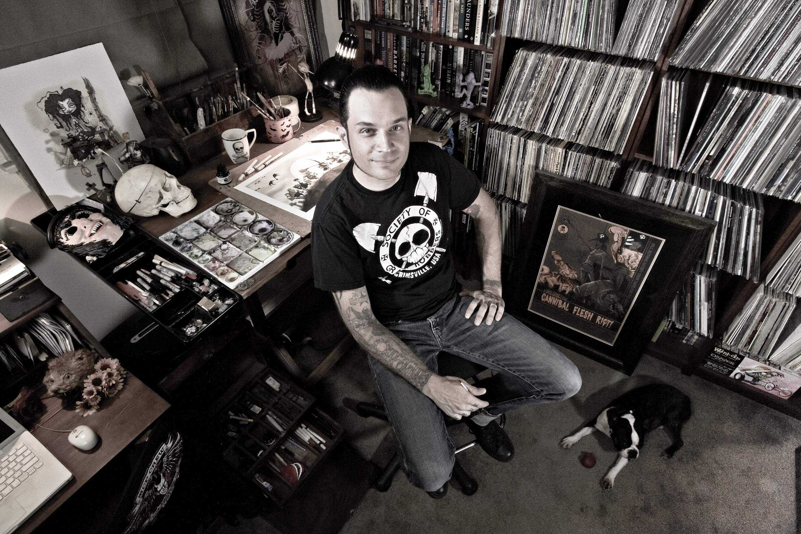 """Illustrator Gris Grimly photographed for """"The Artist Within"""""""
