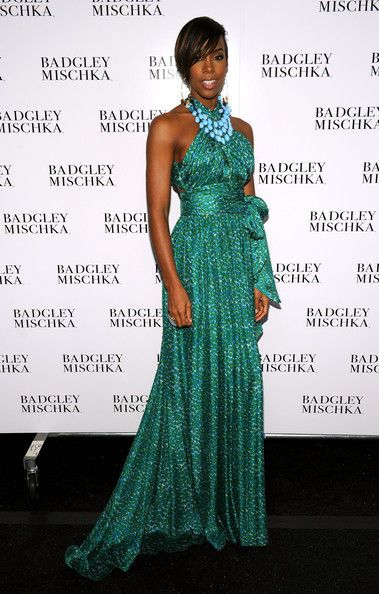 1kelly_rowland_badgley_mischka_backstage_spring_w8iiehnr7ojl