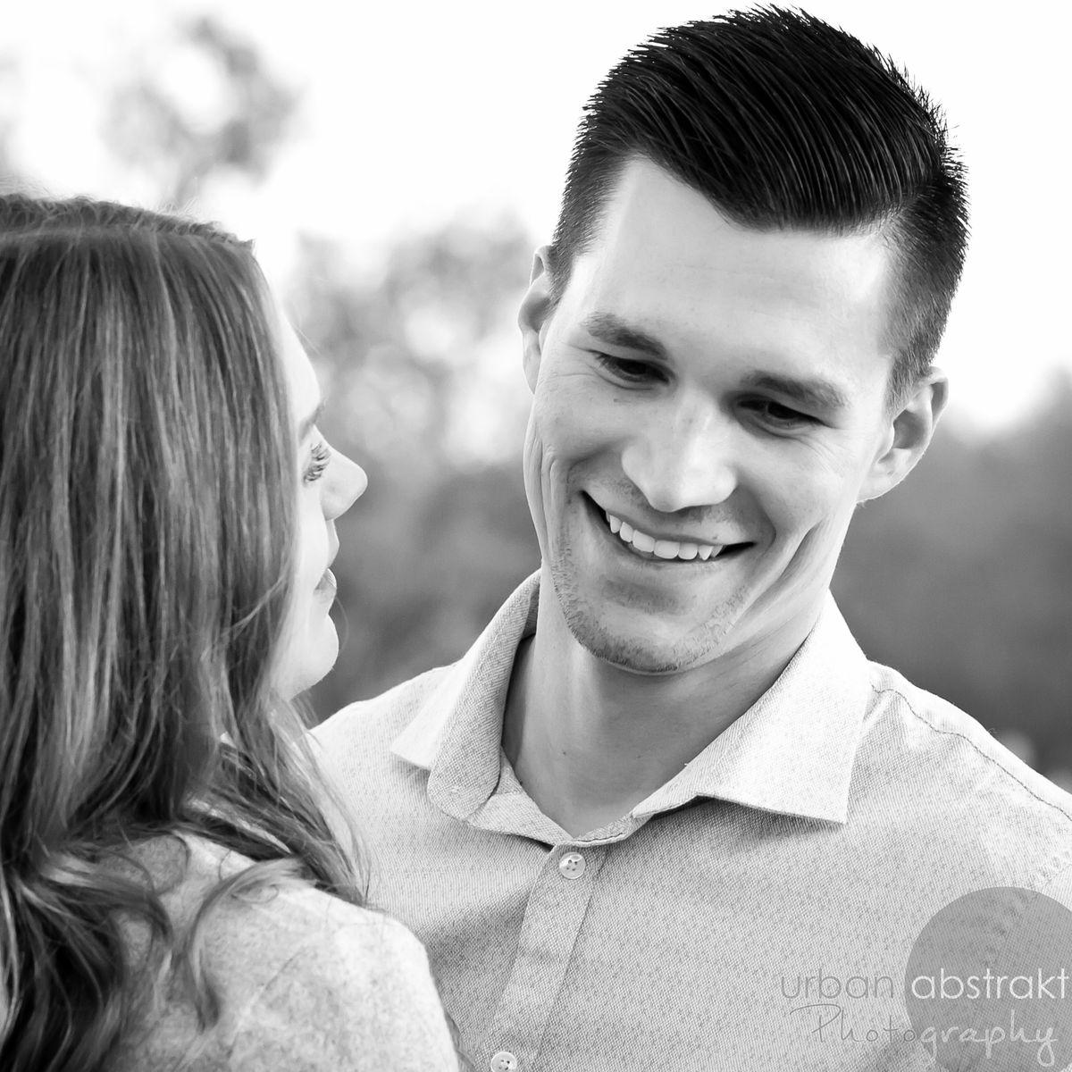 Tucson couples engagement portrait photography