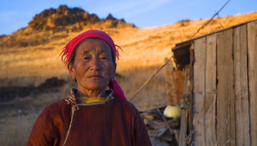 052510134750_1mongolian_woman.jpg