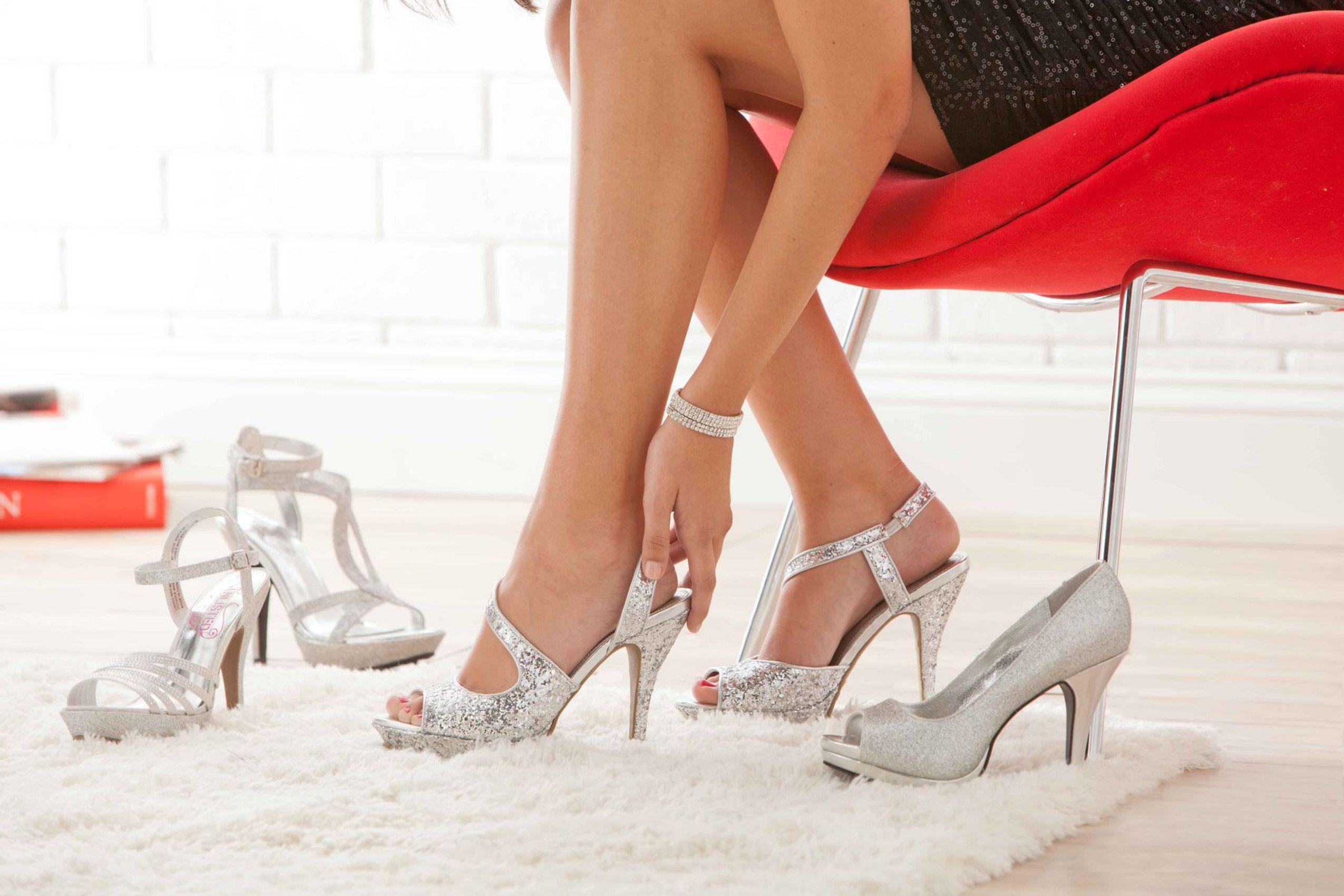 on-figure-fashion-shoes.jpg