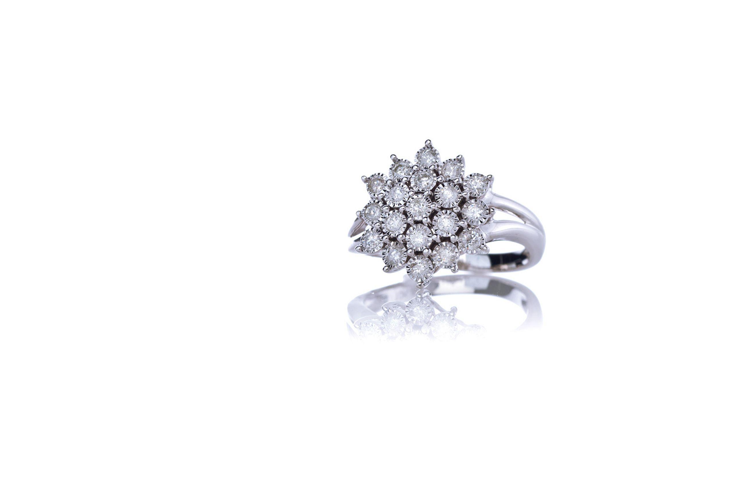 silver-platinum-diamond-ring.jpg