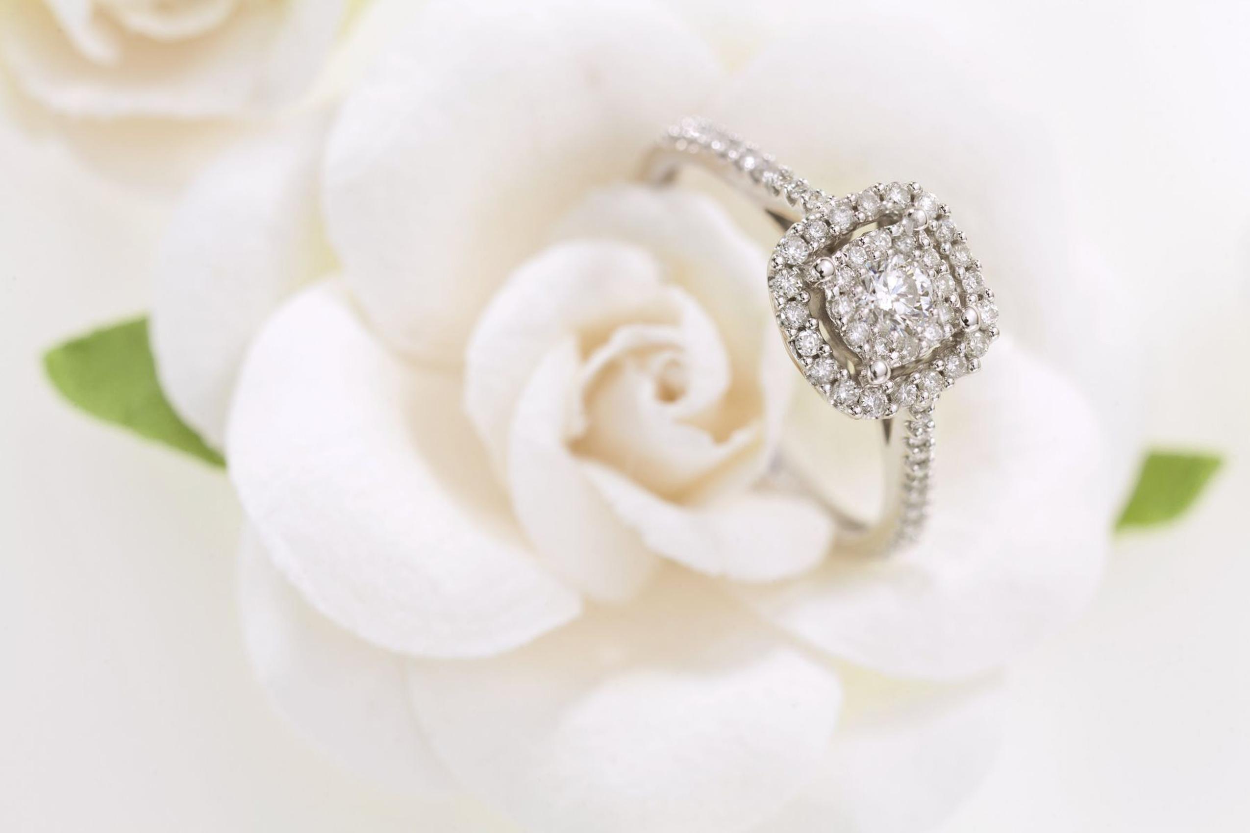 engagement-diamond-ring.jpg