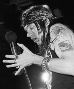 Axl Rose withGuns and RosesFelt ForumNYC 1988