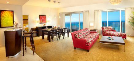 Hilton_Waikiki_Suite-Ric-Noyle.jpg