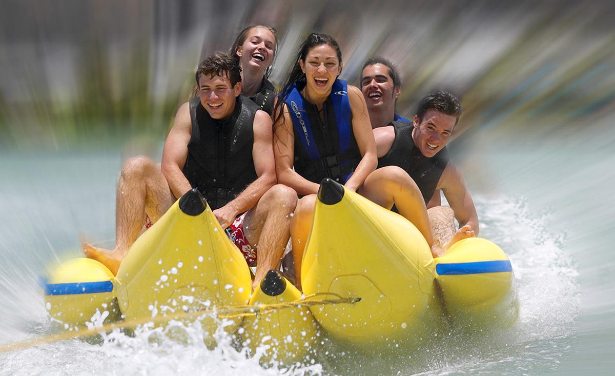Hawaiian-Watersports-Banana-boat-ric-noyle.jpg