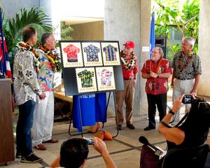 Unvailing the Aloha Shirt stamps_1052.jpg