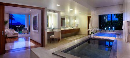 HKU_OrchidSuite_Bath_3_2.jpg