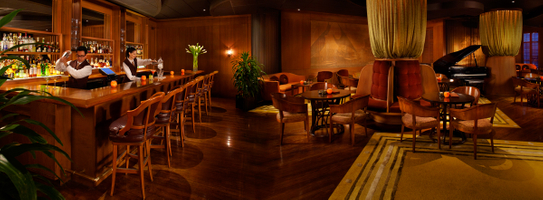 Halekulani_Lewers-Lounge_ricnoyle.jpg