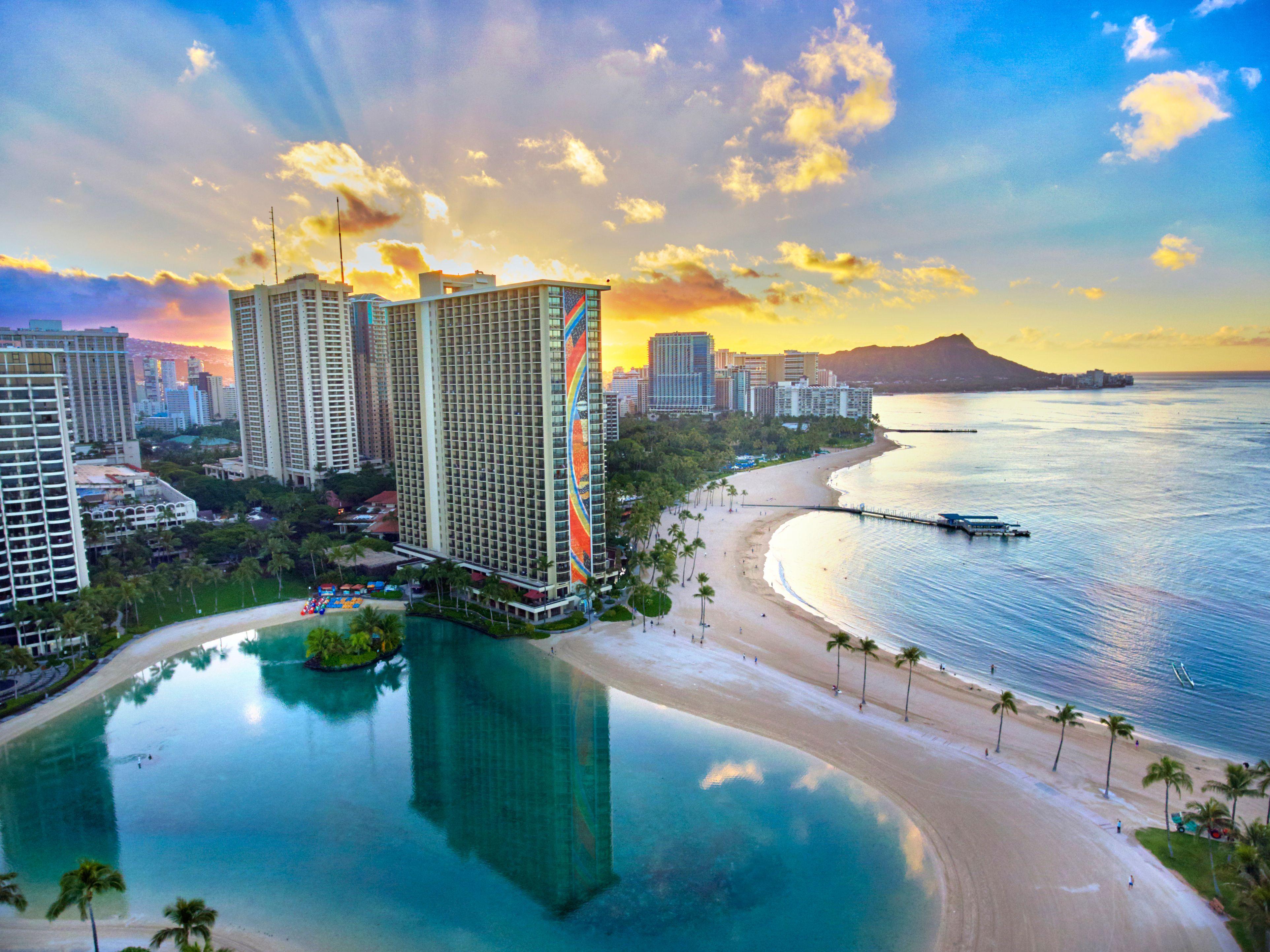 HHV_Waikiki Beach_aerial_09.jpg