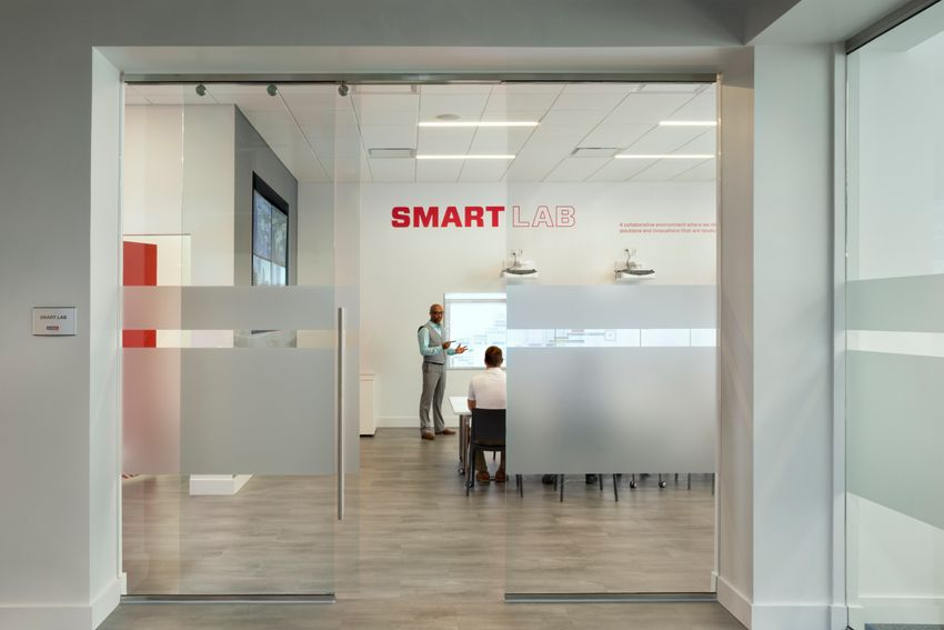 WEB RES Smart Lab Tampa by Rob-Harris.JPG