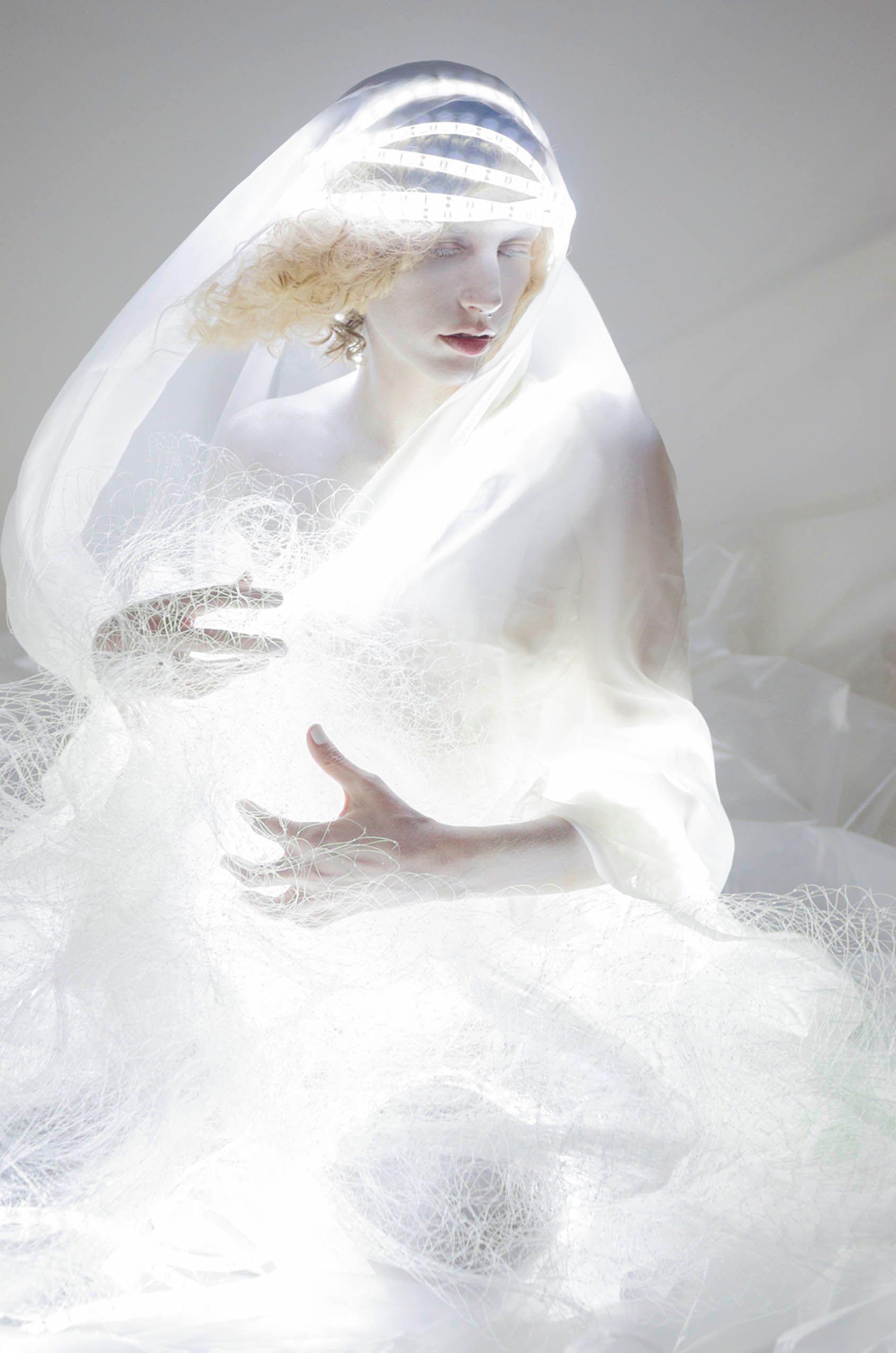 FALLEN LIGHT Christin Paige Minnotte-6.jpg