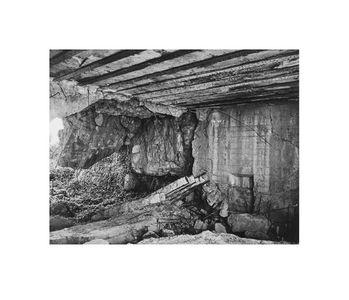 Interior Crisbecq Battery