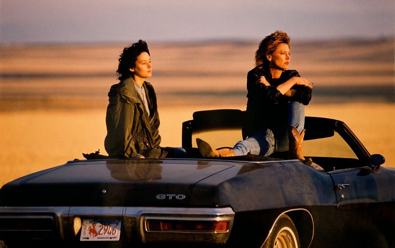 Meg Tilly  &  Christine Lahti
