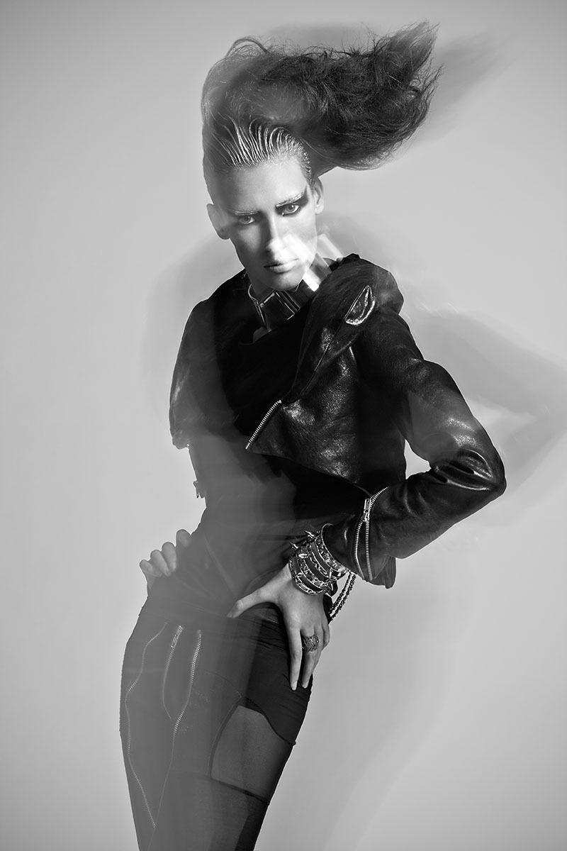 Model: Karen DeSouza