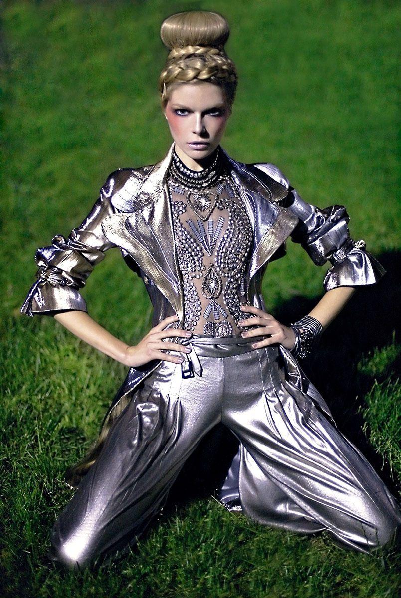 Model: Cristina Tosio
